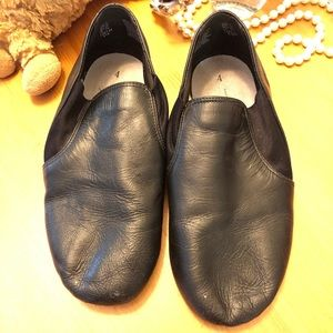 Other - Dance Shoes size 4 Black